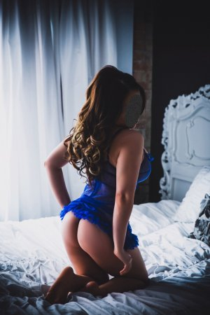 Lesline independent escort in Troy Illinois