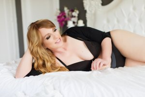 Adelya adult dating in Garden Grove California
