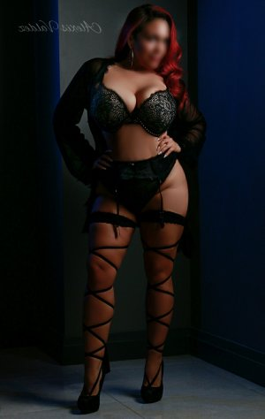 Alixane latina escort girl in Shawnee OK