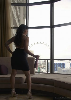 Naia outcall escort in Arizona City