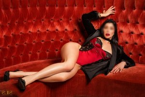Marie-muriel incall escort and sex dating